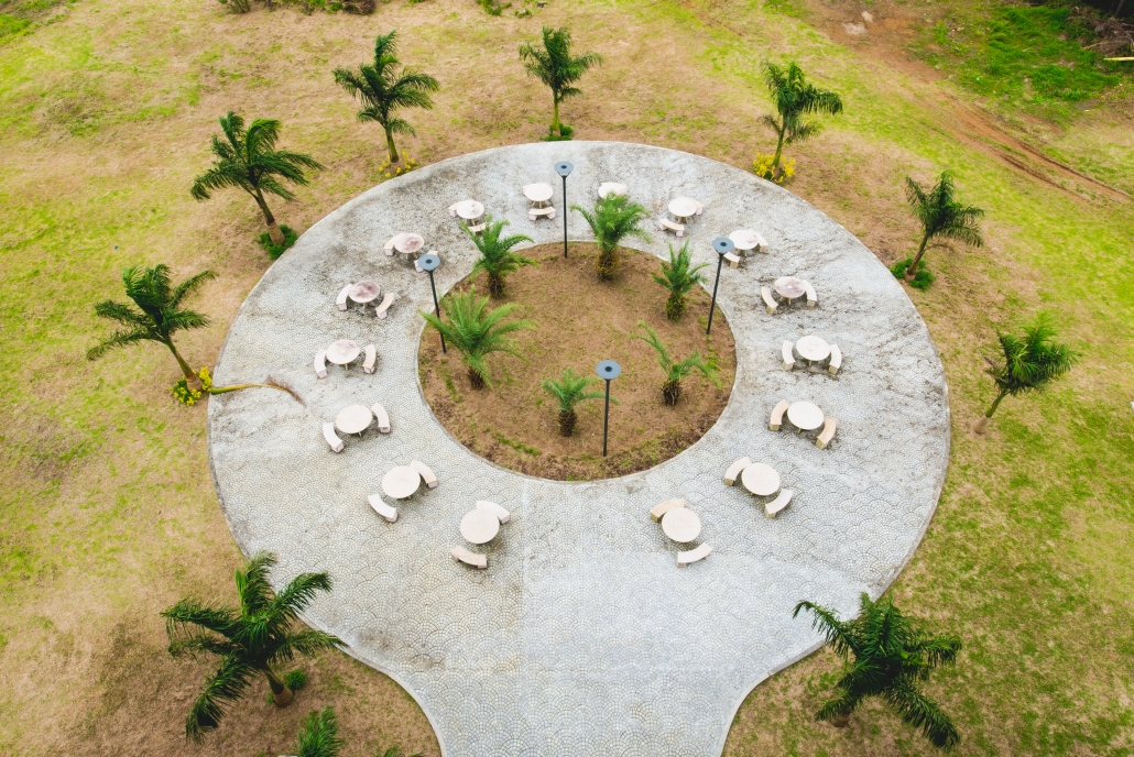 poly-outdoor-sitting-area